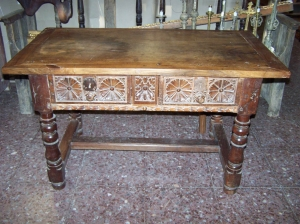 Image of Spanish Walnut 17th Century serving table